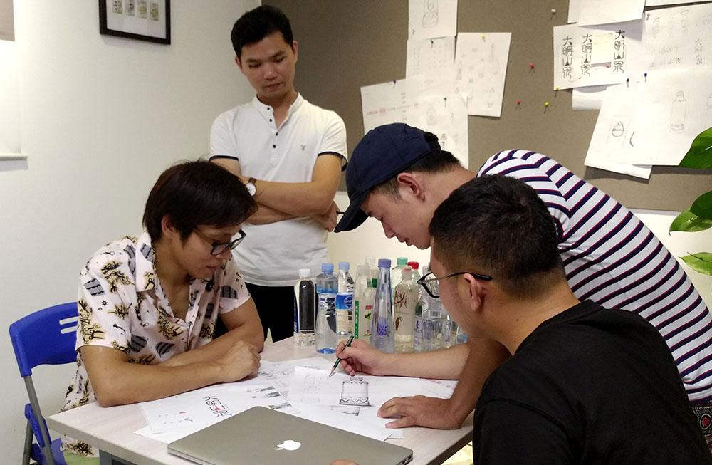 广西大明山泉包装设计-创意头脑风暴,锐言团队讨论手稿